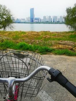 2019년 4월 한강 공원, 자전거, 3천원의 행복