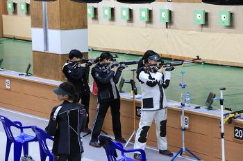 2018세계사격선수권대회가 열리는 창원국제사격장에서 짜릿한 사격을