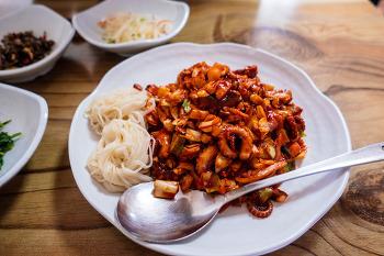 양주 고읍지구 레이크우드골프장 인근의 삼도낙지. 낙지덮밥 맛있어요