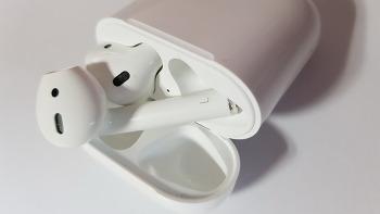 애플 에어팟 (AirPods) - 살펴보기