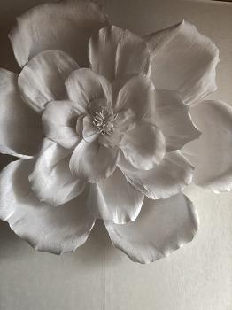 종이꽃 벽장식