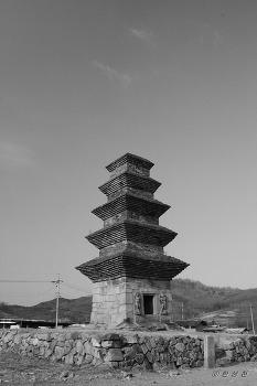 보물 제57호 안동 조탑리 오층전탑
