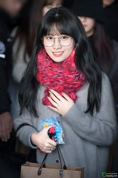 [2019.01.01] 김포공항 입국 트와이스 모모, 다현
