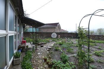 [전원생활] 비 오는 날, 시골집 # 창고를 별채로,,, 별채만들기 - 벽공사 20190429