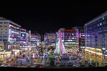 경남 최고의 번화가  창원 상남상업지구에서 즐기는 연말분위기! (창원명소)