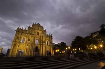 고요한 성당
