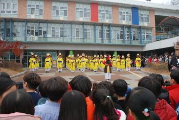동명초 학습결과물 전시회 및 공연