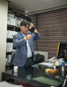 영상 찍는날의 법률테라피스트 김영룡 법무사. by 포토테라피스트 백승휴