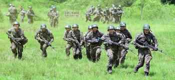 [국방개혁 2.0 Q&A] '평화·번영을 책임지는 강한군대, 책임 국방' 구현