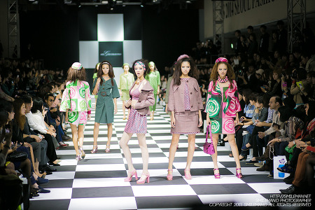 131019 SAT S/S 2014 Seoul Fashion Week (서울 패션 위크) @ IFC MALL