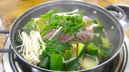 구미의 시그니처 음식, 와촌식육식당 돼지찌개