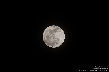 130225 21:30 Full Moon 집앞 보름달