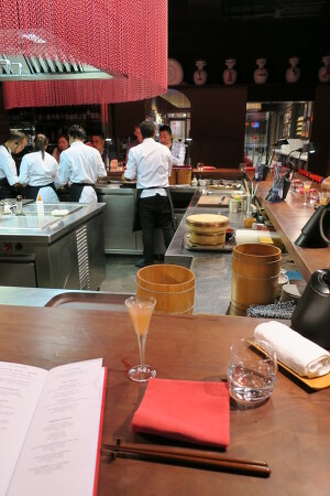 Barcelona, 미슐랭 스타 레스토랑 Dos Palillos