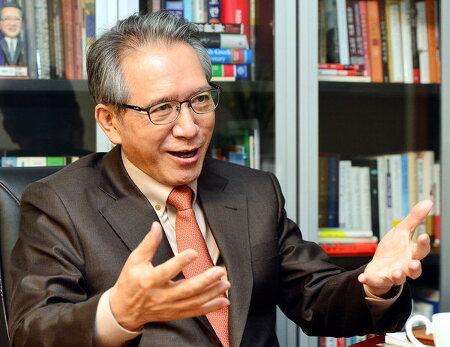 [2014-12-11 국제신문]원로와의 대화<13> 김형오 전 국회의장