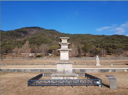 어이없이 보물에서 누락된 성주사 동탑, 85년만에 지위 찾았다