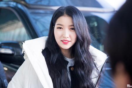 [PHOTO] 171216 김포공항 - 여자친구 소원 by Girls Grapher