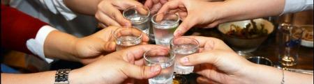 건강까지 챙기면 즐거움이 2배가 되는 연말 술자리 한 해를 마무리하는 연말, 건강도 챙겨주세요 :)