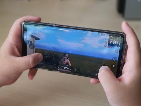 갤럭시 노트9 배터리 및 스펙 덕분 배그 게임, 멀티미디어 즐기기 최적