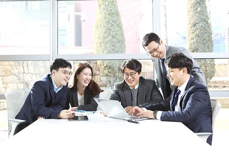 그룹의 디지털 혁신을 이끄는 비저너리, 삼양홀딩스 IC 디지털혁신팀