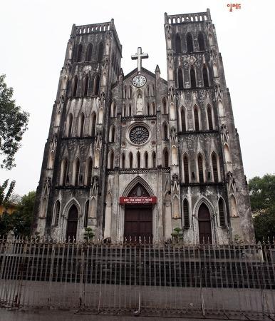 하노이 가족여행 & 자유여행 하노이 대성당 성요셉 성당 사진찍기 좋아요~