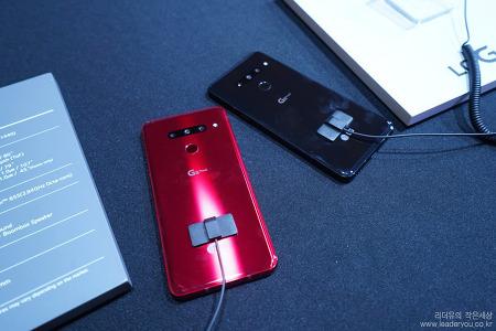 가성비 내세운 LG G8 ThinQ VS 갤럭시S10 붙어보자! LG G8 씽큐 스펙과 가격으로 다시보기!