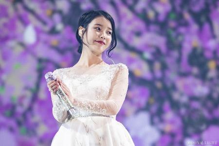 [181110] dlwlrma 광주 콘서트 아이유 직찍 by 달빛마차