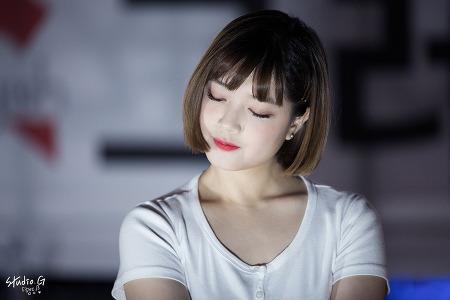 18.09.22 그레이시 홍대 걷고싶은거리 버스킹 by. 햄딩