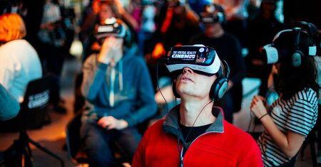 VR 영화 '기억의 재구성' 기억하고 싶은 것만 기억하기