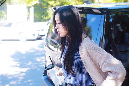 18.10.19 에이프릴 뮤직뱅크 출근길 by. Zetta