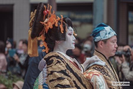 [도쿄] 아사쿠사 이치요 사쿠라마츠리 오이란행렬