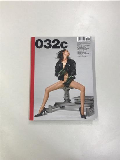[MAGAZINE] 032c Vol.32