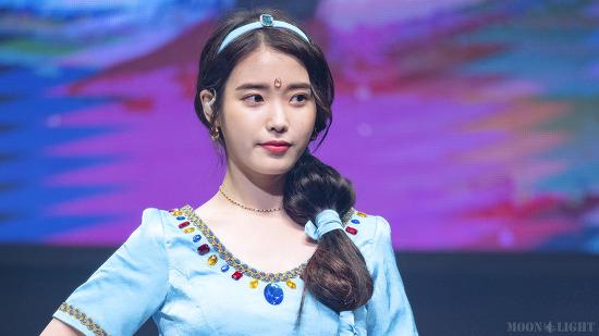 [180915] 데뷔 10주년 팬미팅 Part.2 아이유 직찍 by 달빛마차