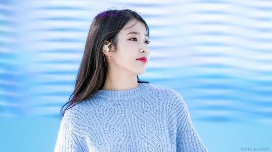 [180930] 삼성카드 홀가분 마켓 공연 아이유 직찍 Part.1 by 달빛마차