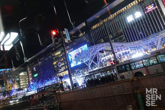 크리스마스 in 후쿠오카 #4 : 카레 클럽 루, 텐진역 주변 골목 투어, 이와타야 백화점, 카페 무지, 컨버스 도쿄