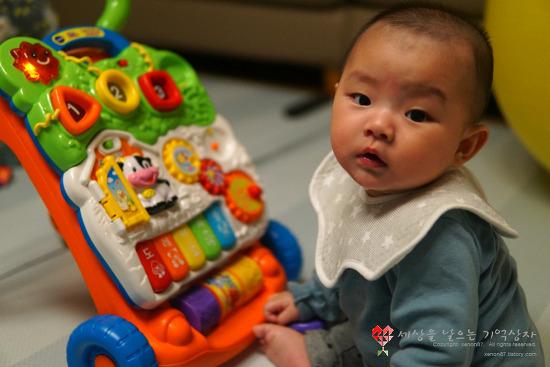 국민 걸음마 보조기~ 5개월아기 선물, 브이텍 걸음마학습기