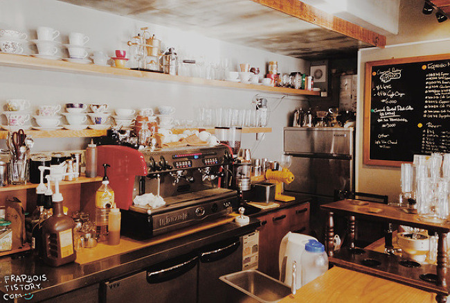 1_scene : KALDI COFFEE