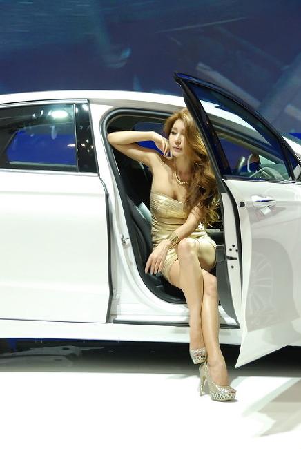 2013 서울 모터쇼 - 포드 모델 5