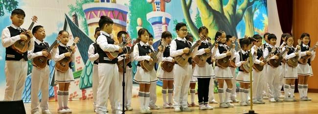 신창초한마음예술제 무대에 선 나눔교실 아이들 이야기