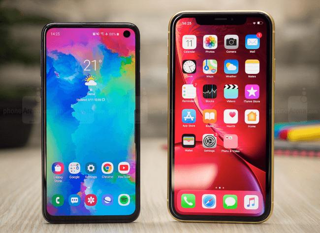 아이폰XR vs 갤럭시S10e : 삼성과 애플의 보급형 비교.