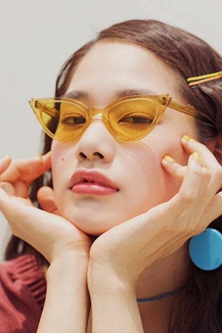 시선 사로잡는 여름 선글라스 4