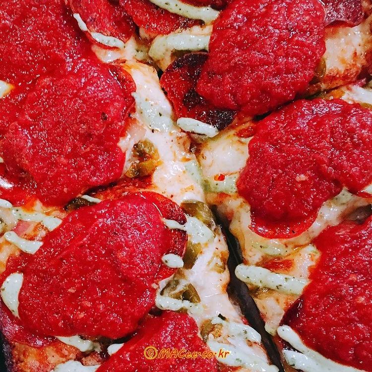 이태원맛집 / 모터시티 - 새로운 대세 피자, 디트로이트 피자(수요미식회 이태원편)