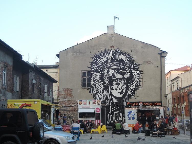 게토에서 예술 거리로 변신한 크라쿠프 유대지구