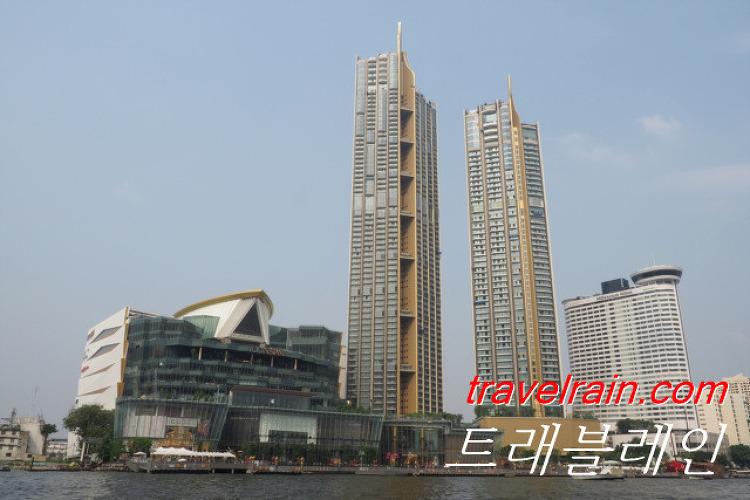 [방콕 쇼핑] 강변에 생긴 초호화 쇼핑몰  아이..