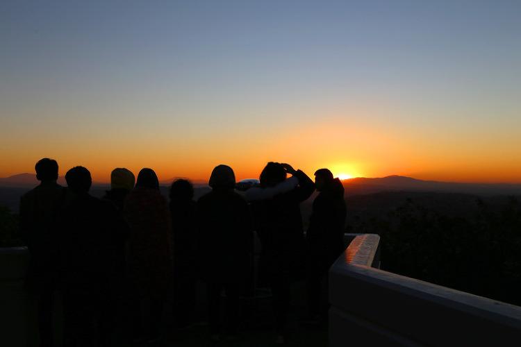 2019년 새해 첫 일출을 가족이 함께 그리피스 천문대에서! 그리고, 데저트힐 프리미엄아울렛으로~