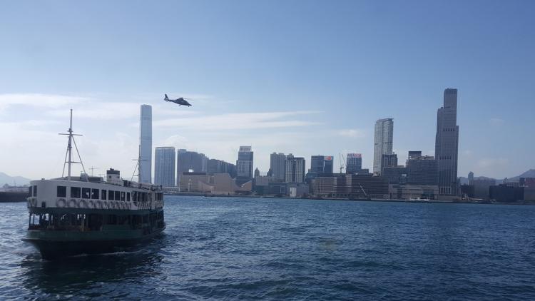 홍콩 사진: 완차이 스타페리에서 바라본 침사추이