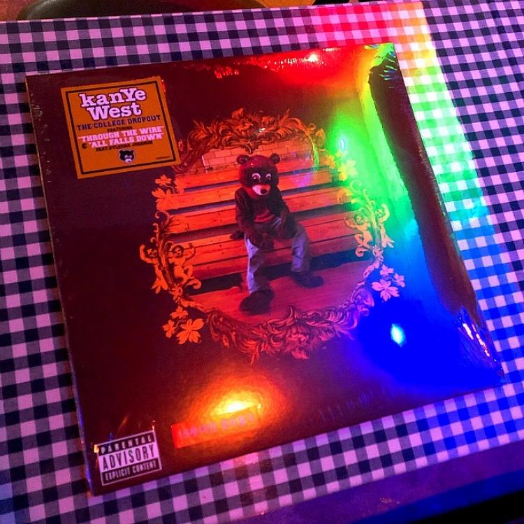 칸예 웨스트 (Kanye West) - THE COLLEGE..