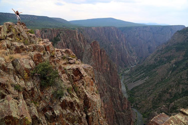 수직의 거대한 검은 협곡, 콜로라도 블랙캐년오브더거니슨(Black Canyon of the Gunnison) 국립공원