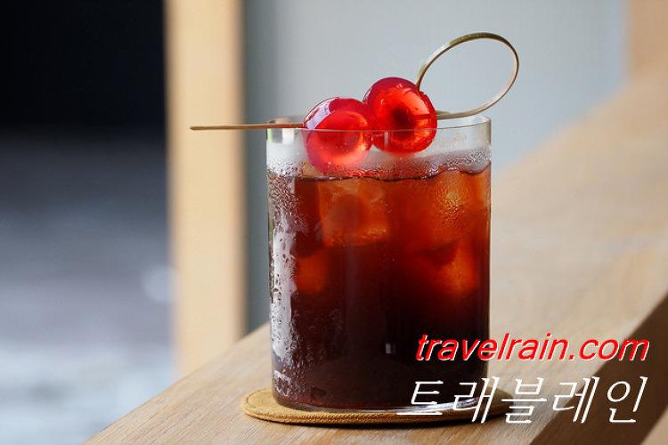 [방콕 카페] 루트 커피 Roots Coffee