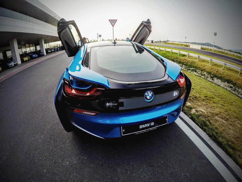 BMW i8 - DrivingCenter Challenge A