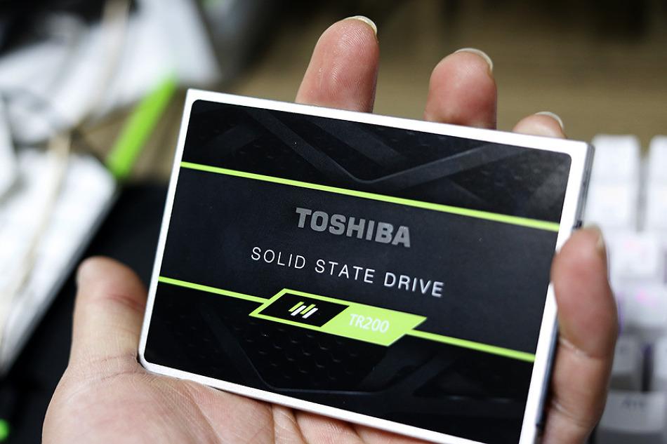 도시바 SSD TR200 NAS 캐시로도 활용가능할..